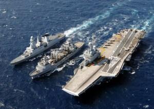 """Hollande """"alleato"""" di Putin? Per favore, non cascate nella Matrix"""