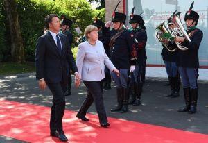 Renzi, il Sistema si abbatte e non si cambia