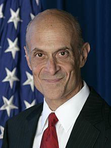 """Michael Chertof, doppia cittadinanza, """"gestì"""" le indagini dopo l'11 Settembre"""