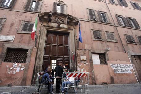 Scoperta: c'è  la Mafia anche al liceo Virgilio di Roma. Peggio di quella degli Spada.