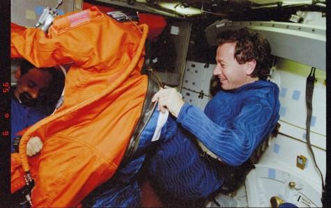 Maurizio Cheli Mission Specialist