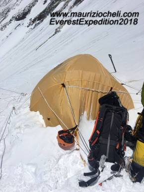 casa tra i ghiacci Everest
