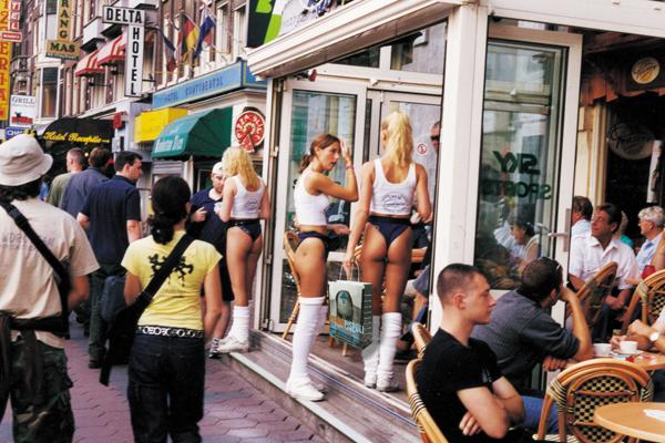 mauro-pispoli-shopping-bag-amsterdam