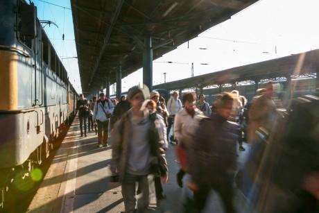 Budapest-Keleti pályaudvar utasok