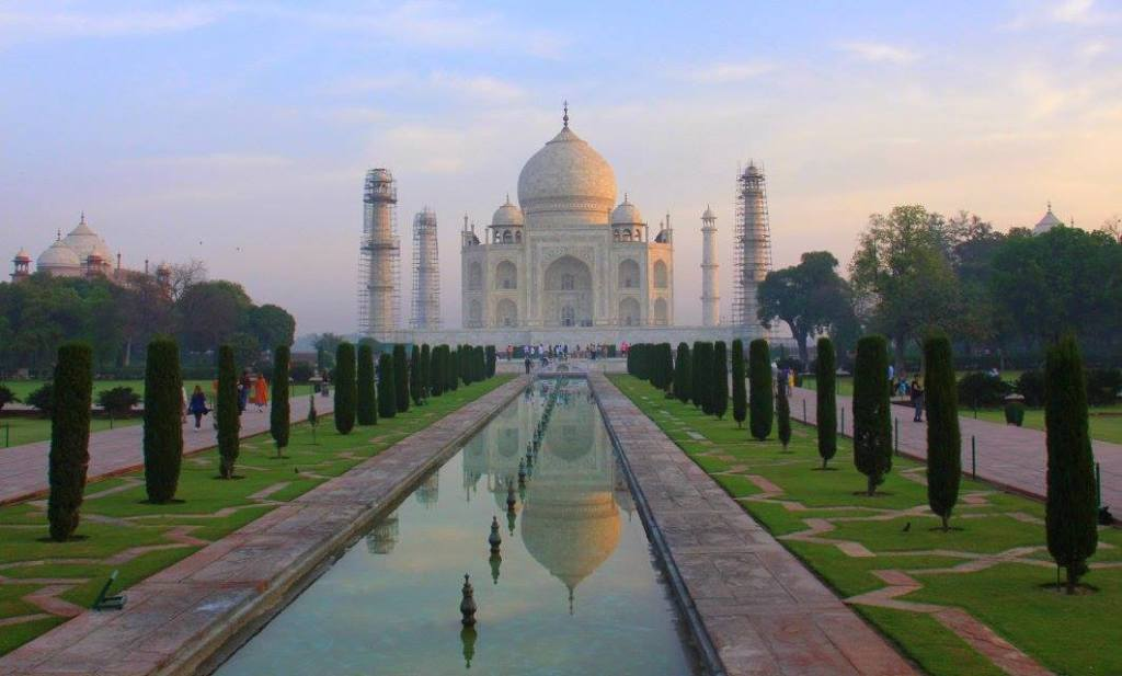 "taj mahal is ""A Teardrop on the Face of Eternity"""