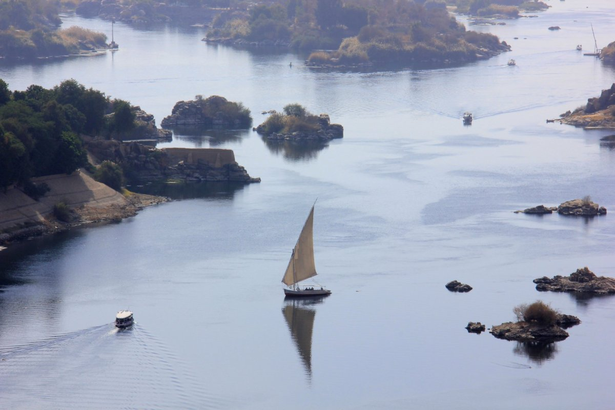 All aswan guides recommend a felucca ride on the nile
