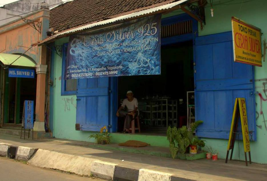 Silver jewellery shop in Yogyakarta in java