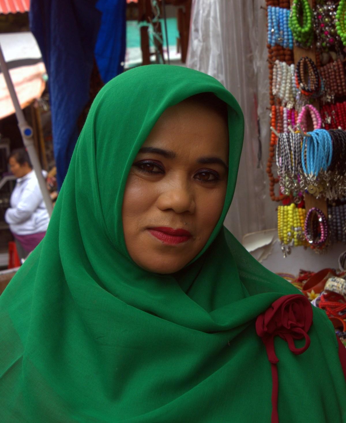 lombok is a conservative muslim island