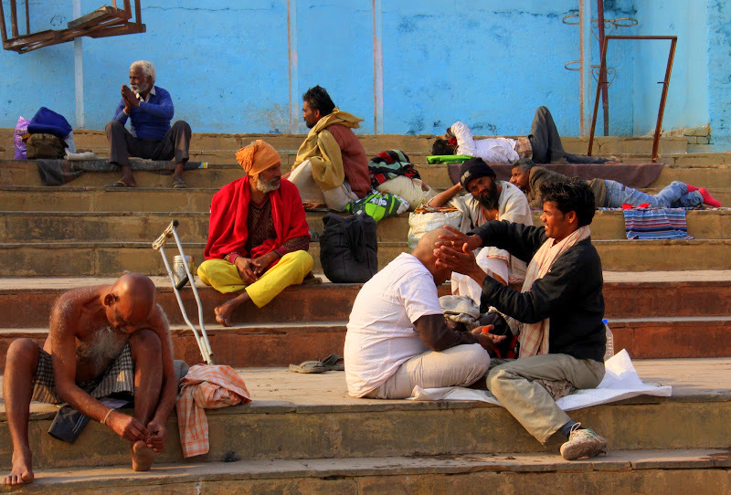 activities on the banks of the ganges in kashi