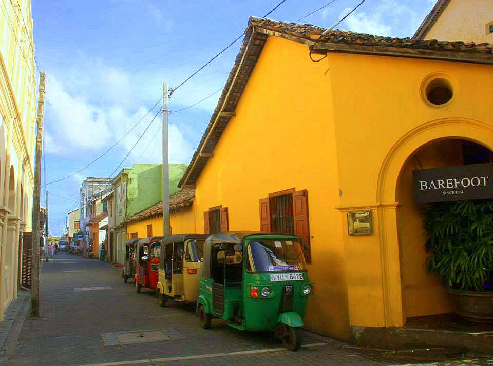 Tuk-tuks are a popular mode of transportation in Galle