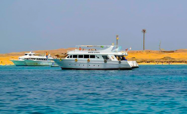 Yachts are available at Hurghada