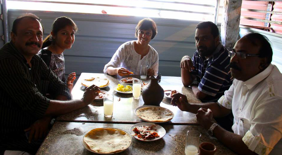 Toddy shop lunch with friends in Kollam