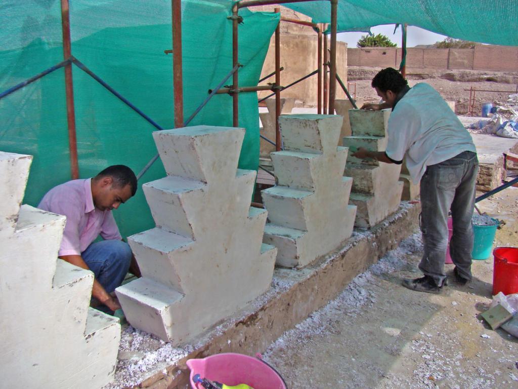 Restoration work of the mosque of Aqsunqur