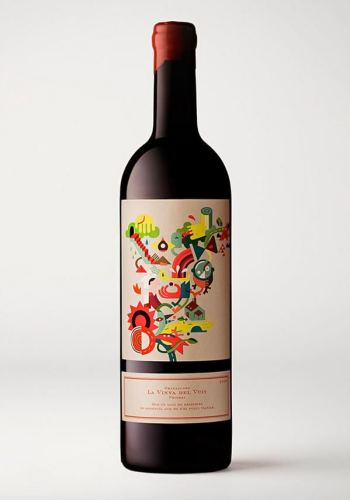 La Vinya del Vuit creative wine label