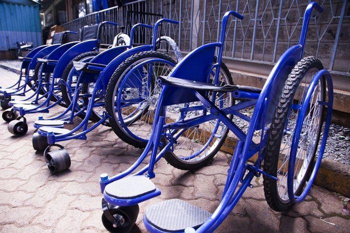 Sillas de ruedas como símbolo de la inclusión educativa