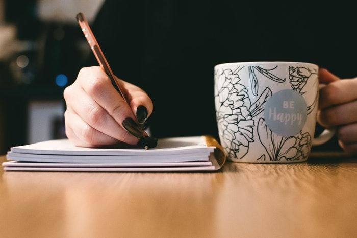 Ejercicios de escritura creativa para adultos