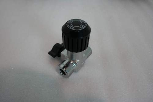"Max-Air LV3 1/4"" F X 1/4"" F On/Off Bleed Valve"