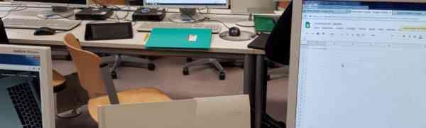 Fortbildung am MWBK – Lehrer lernen die papierlose Schultasche kennen