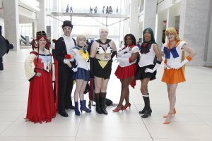 Youmacon 2019 - Cosplay - Sailor Moon - Sailor Scouts - Tuxedo Mask