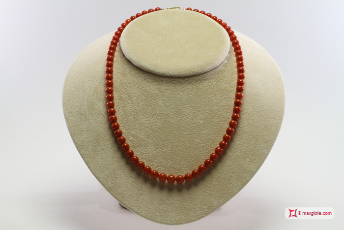 Extra Red Coral Necklace L Color round 6½-7mm in Gold 18K