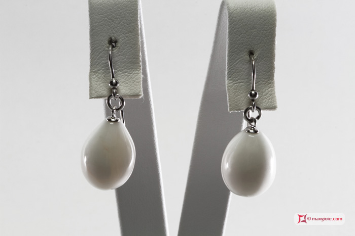 Extra White Coral Earrings poire 12x16mm in Gold 18K