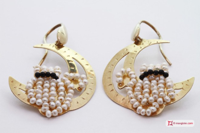 Moon with Cat Earrings [Pearls, Onyx] Gold Plated Silver