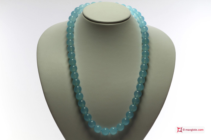 Extra Chalcedony Sea Blue Necklace 12mm round in Gold 18K