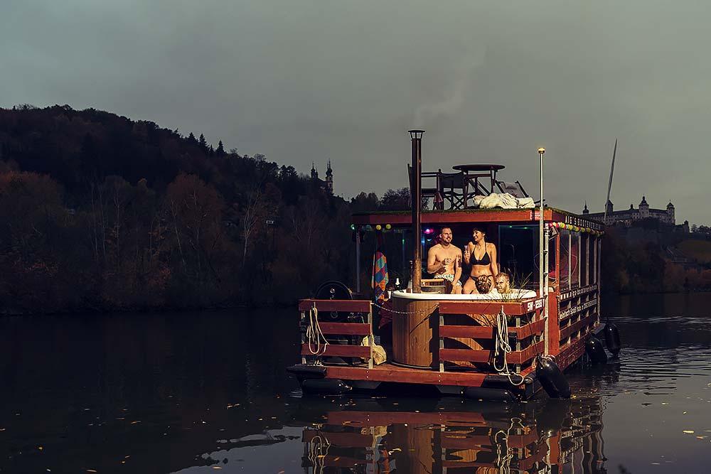 Aigs bootsverleih hausboot wein w%C3%BCrzburg chillen spa%C3%9F jga werbefotografie werbung frankfort max hoerath design bamberg frankfurt hotpod party w%C3%BCrze - Werbefotografie – Aig´s Bootsverleih Würzburg