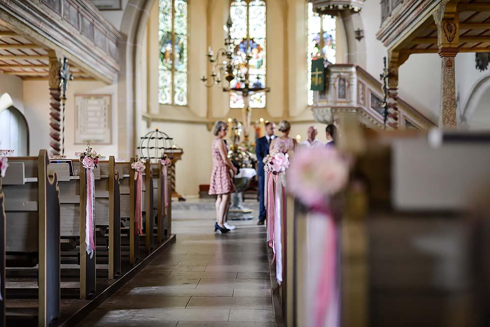 Kirchliche Trauung in der st. jakobi kirche in küps