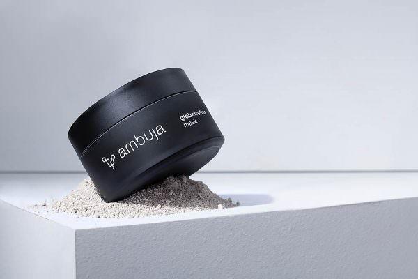 produktfoto-stills-produkfotografie-produktfotos-ambuja-globetrotter-mask-legard-kosmetik-tabletop-fotostudio-max-hoerath-fotograf