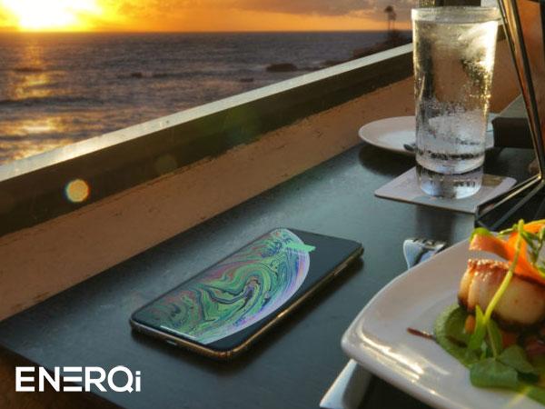 enerqi chargeur induction sans fil iphone xr invisible 3 - Transformer Toutes Surfaces en Chargeur Induction iPhone (video)