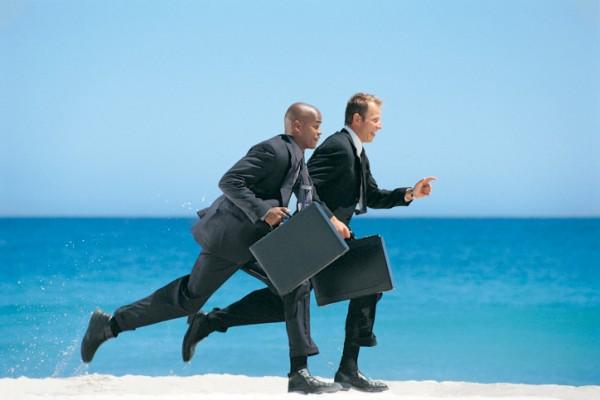 pentinnya kompetitor bisnis