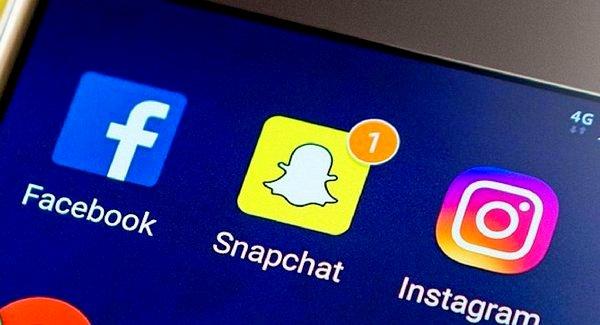 Instagram Facebook Snapchat