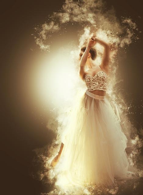 Free Photo Dream Dance Bride Ethereal Smoky White Smoke