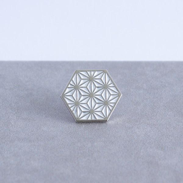 Asanoha pattern hexagonal soft enamel pin - silver and white