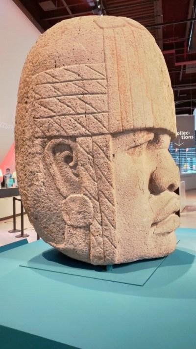 Tête colossale Olmèque n°4 vue de profil