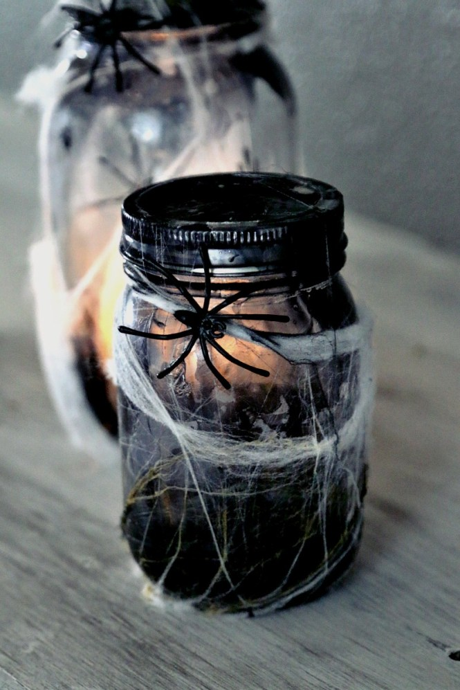 halloween-decor-mason-jar