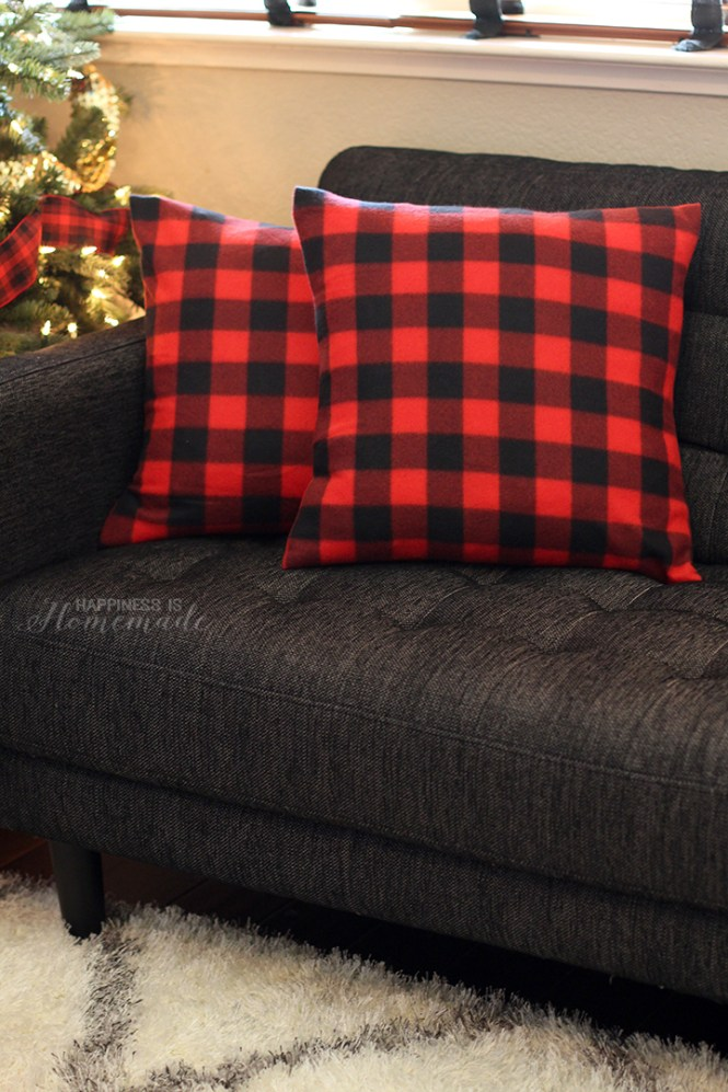 Holiday Home Decor - DIY Pillow