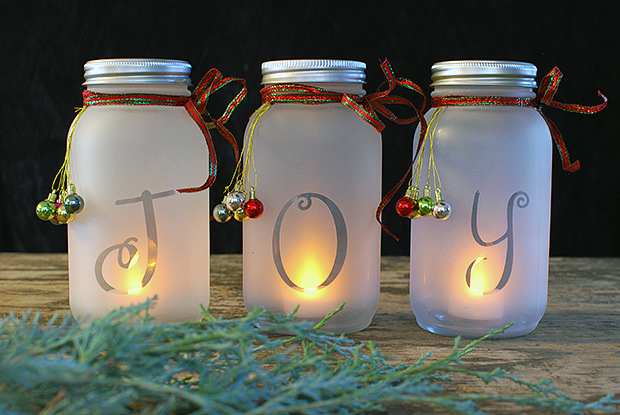 Holiday Home Decor - DIY Luminaries