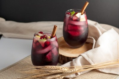 Cranberry Apple Cider Sangria - Flavour and Savour