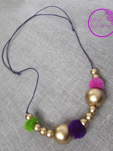 collier_perles_bois_pompon_enfants_petite fille_little collection_may_bohème