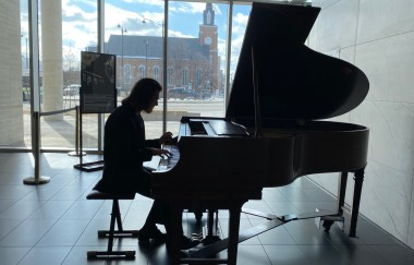Mayor Dilkens hosts historic piano recital at Windsor City Hall