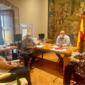 Inmaculada Ruiz, Presidenta de la Federación de UDP Ávila se reúne con representantes de los partidos políticos en septiembre 2020