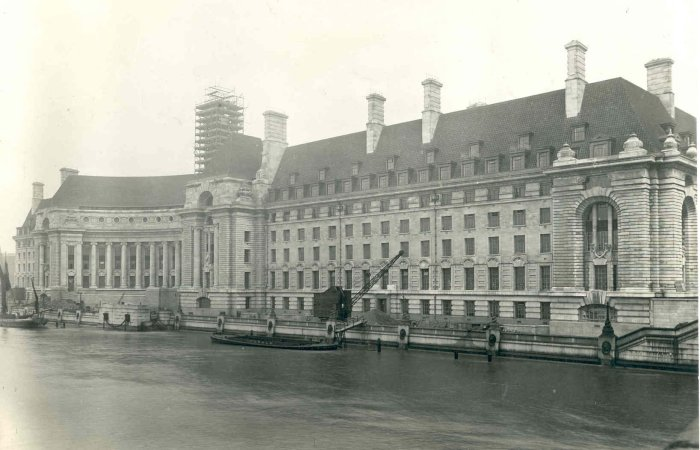 london_county_hall_s1-1