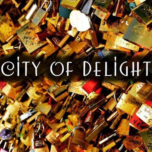 City of Delight project Love Locks bridge Paris, statuary, beautiful, beauty, architecture, details, photography, photographer, toronto, artist, dust, on, my, boots, tree, decorate, decorative, wedding, gift, wedding gift, desk, art, desk art, home, decor, home decor, shelf, print, shelf print, desk adornment, photographic prints,