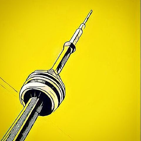 CN Tower, Toronto Canada, prisma filter yellow cartoon