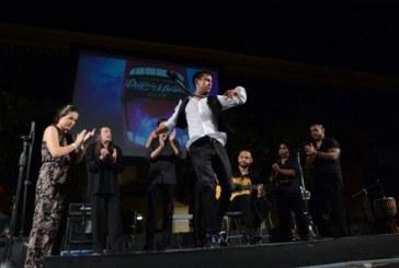 Bailan y Cantan en las Calles para Celebrar el Día d ela Música