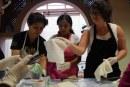 Inicia taller de intervención de textiles