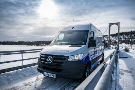 Wintererprobung Mercedes-Benz eSprinter in Schwedenen