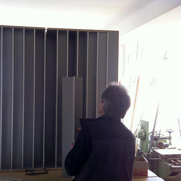 a customized diffusor in the mbakustik workshop
